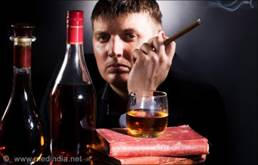http://www.medindia.net/patients/patientinfo/images/hip-fracture-smoking-alcohol.jpg